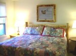 king bedroom of 4 bedroom condo in mt crested butte colorado